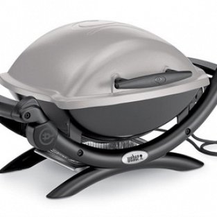 Weber Electric Barbecue Weber Q1400 with apron to grill